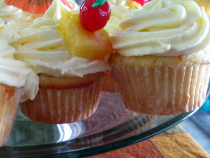 Pina Colada Cupcakes | Treats & Sweets | Pinterest