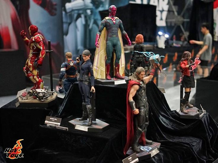 Hot toys Display at San Diego Comic Con. Avengers display