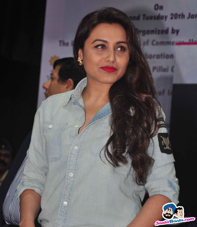 University of Mumbai Felicitates Rani Mukherjee -- Rani Mukherjee Picture # 294759