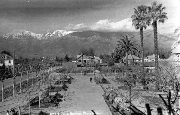 Panorámica de la Plaza Ñuñoa de Santiago en el año 1940.