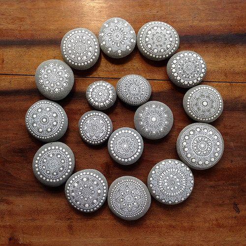 Mandala of Mandala Painted Pebbles by MagaMerlina, via Flickr