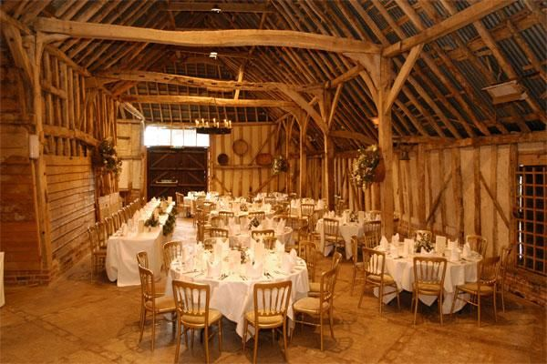 Traditional wooden barn in the heart of beautiful rural Suffolk - Preston Priory Barn