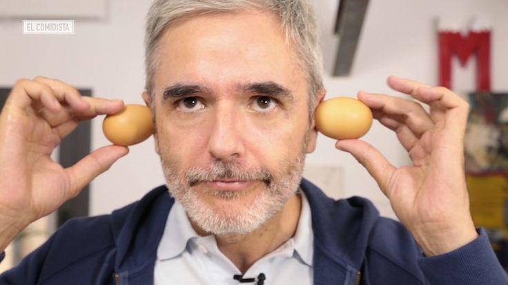 ¿Sabes cocer los huevos de forma que se pelen en un pispás? ¿Y hacer mayonesa para uno? Estrenamos nuestra nueva sección de trucos con un vídeo que te convertirá en el rey de las yemas y las claras.