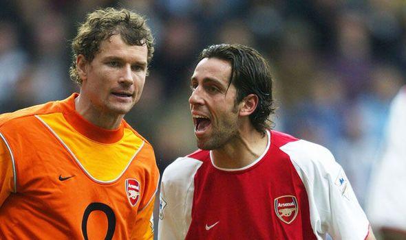 Arsenal news: Arsene Wenger deserves my loyalty Man Utd displays proves it - Edu   via Arsenal FC - Latest news gossip and videos http://ift.tt/2jp0hQD  Arsenal FC - Latest news gossip and videos IFTTT