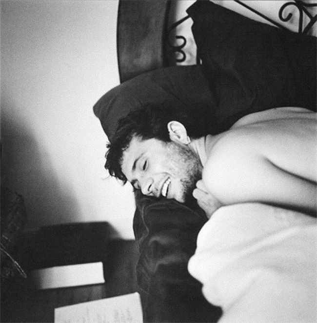 Véronique Vial's photos of famous men early in the morning - Jeremy Sisto