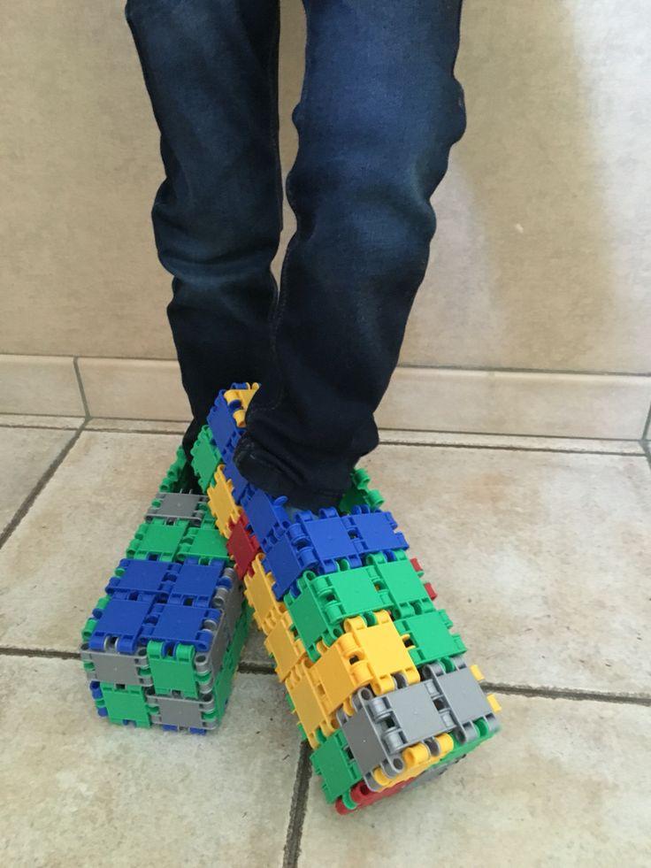 Mijn zoon Bram eigen creatie:schoenen van Clics