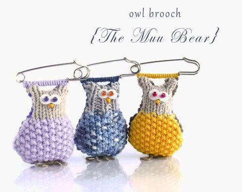 The Muu Bear: Knitted Brooch