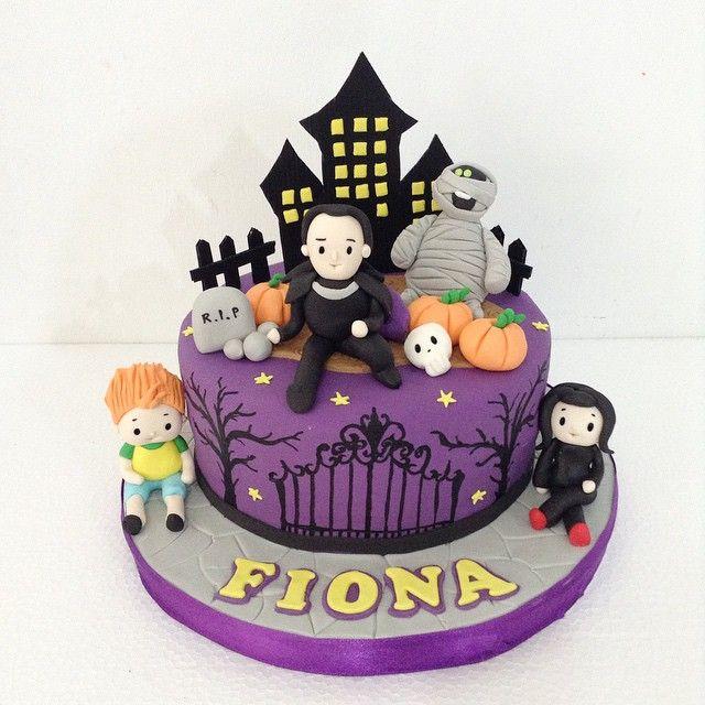 Hotel transylvania cake #hoteltransylvania #birthdaycake #bandungcake #delightfullycake - delightfullycake