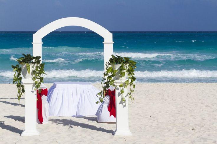 Wedding ceremony on the Italian riviera