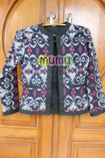 Nayla Blazer  Fabric: Tenun Ikat  Price: 180,000 IDR  #blazer #ikat #tenun #Indonesia #tenun ikat