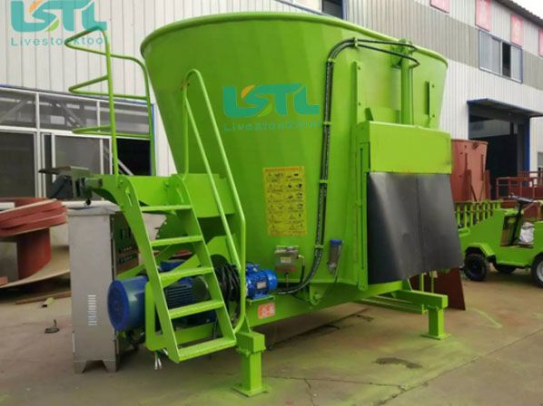 Vertical tmr feed mixer machine can make even and coarse feeds mix