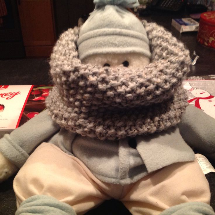 Seed Stitch Cowl knit in Lionbrand Wool Ease Thick & Quick grey Marble