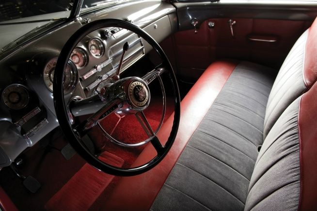 Buick continued its postwar success by breaking yet another sales record and producing nearly 400,000 cars in 1949. Buying a Buick had become mor - Sixth Image