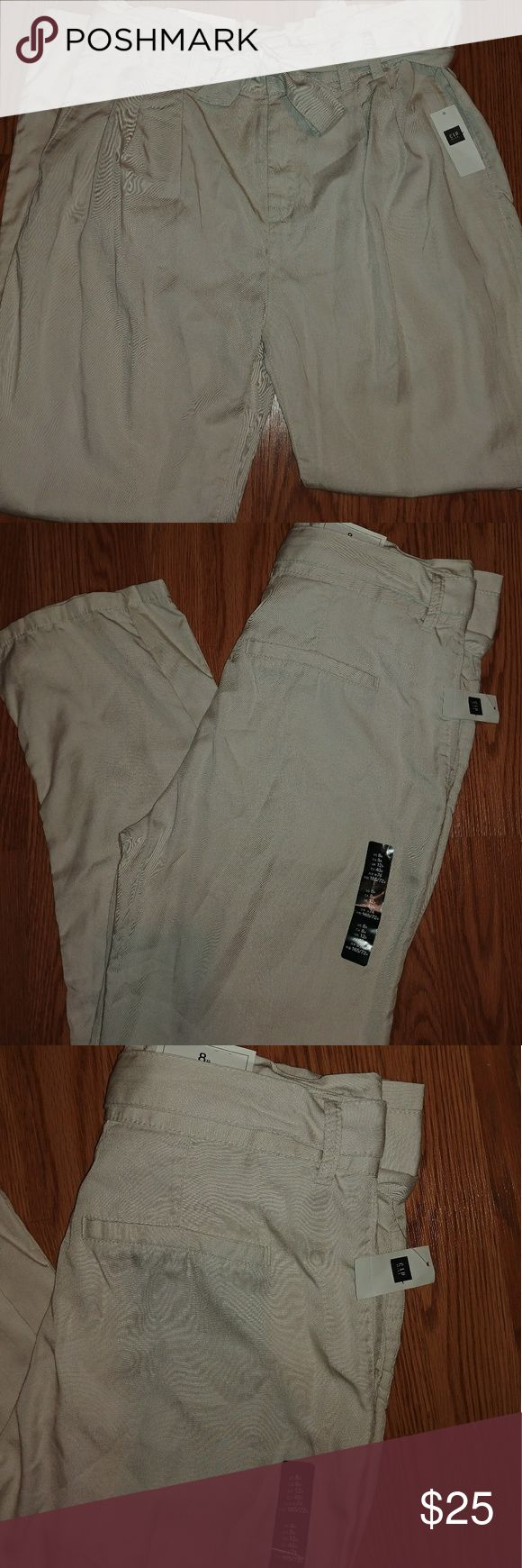 NWT🌸 GAP Trousers NWT GAP Trousers. I have the following: one size 2 in cream, one size 4 in cream, three size 6 in cream, one size 8 in olive and one size 12 in cream. I ship next day. GAP Pants