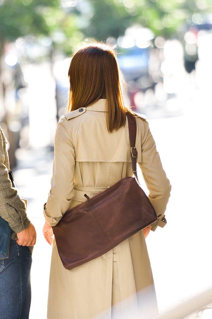 薄マチのゴート革鞄