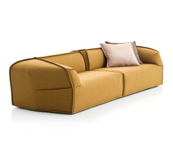 M.A.S.S.A.S Collection 'Moroso, Asymmetric, Sofa, System, Adorably, Stitched'  Ontworpen door: Patricia Urquiola