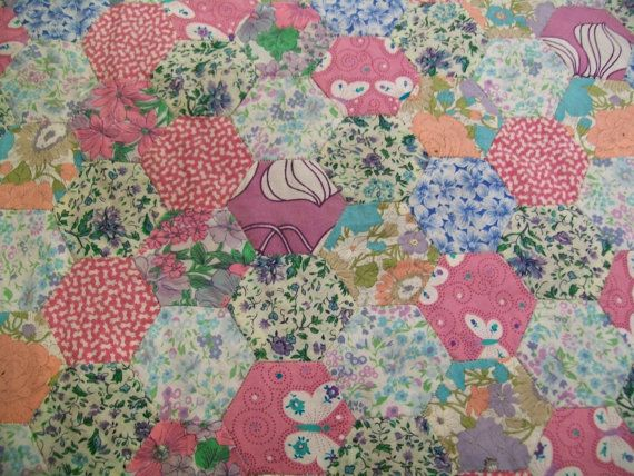 VINTAGE handmade hexagon patchwork newly by Timemachinequilting