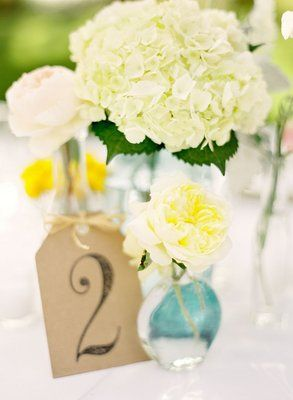 single stem centerpiece: hydrangea, rose