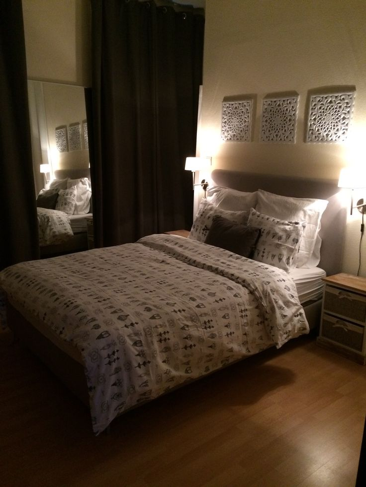 chambre lit ikea lauvik matelas hovag pieds bjorli housse de couette et - Applique Chambre Ikea