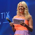 La présentatrice / The host / Die Moderatorin - Barbara Schöneberger