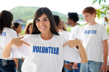How can newcomers benefit from volunteering? Watch our Video.