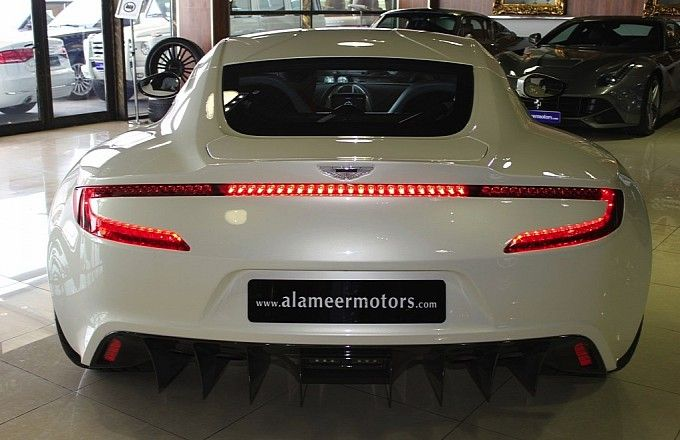 Aston Martin One-77 for sale in Dubai