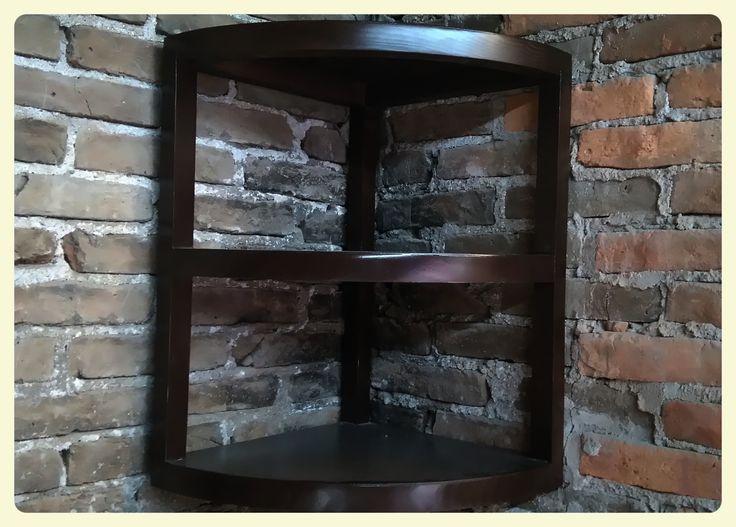 Estamos a punto de entregar este esquinero flotante que sirve como una repisa triple, ideal para aprovechar el espacio de una esquina de cualquier habitación.  https://www.facebook.com/RenovoSLP/