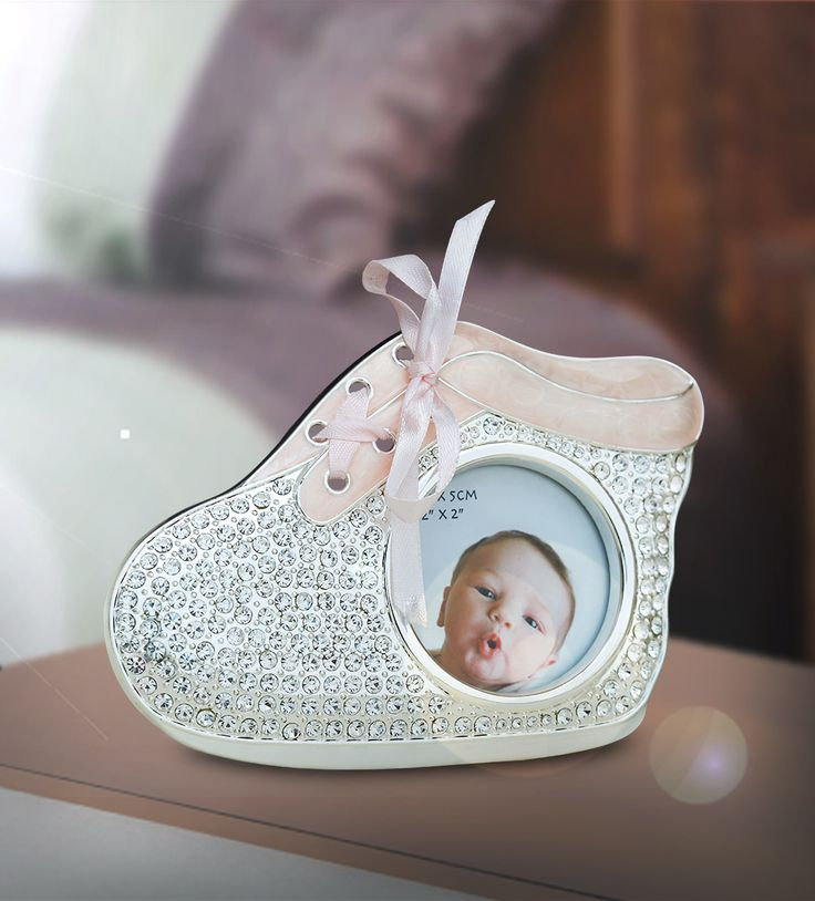 Photo Frame Shoe Pink - Let your house dazzle with pride.