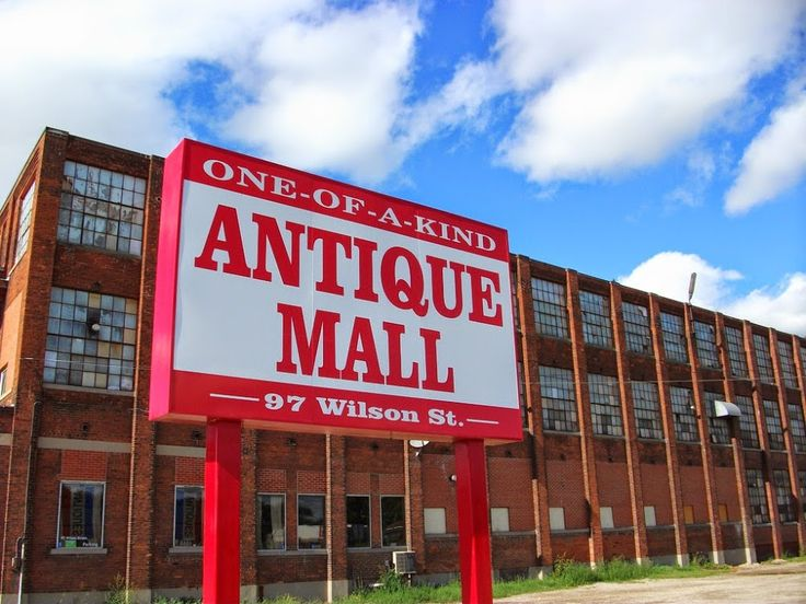 One Of A Kind Antique Mall Woodstock Ontario Canada. LOTS of great finds for projects!