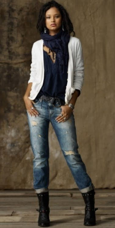 Casual outfit with boyfriend jeans and boots. | boyfriend jeans | Pinterest | Boyfriend Jeans ...