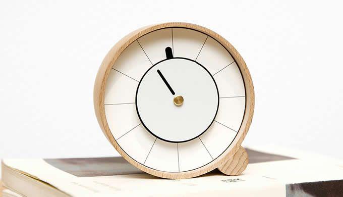 Wooden Desk Clock S Izobrazheniyami Chasy
