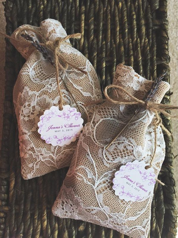 rustic lace and burlap wedding favor bags for country wedding ideas