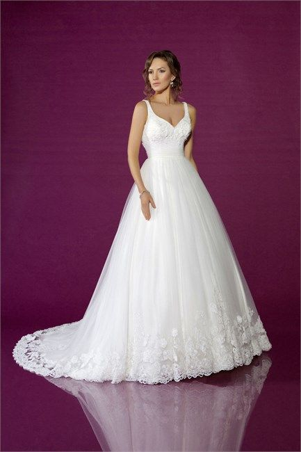 Wedding Dresses by Benjamin Roberts