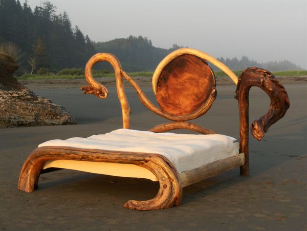 Words escape me.. follow this link for fabulous rustic furniture eye candy! Knock on Wood || Gallery