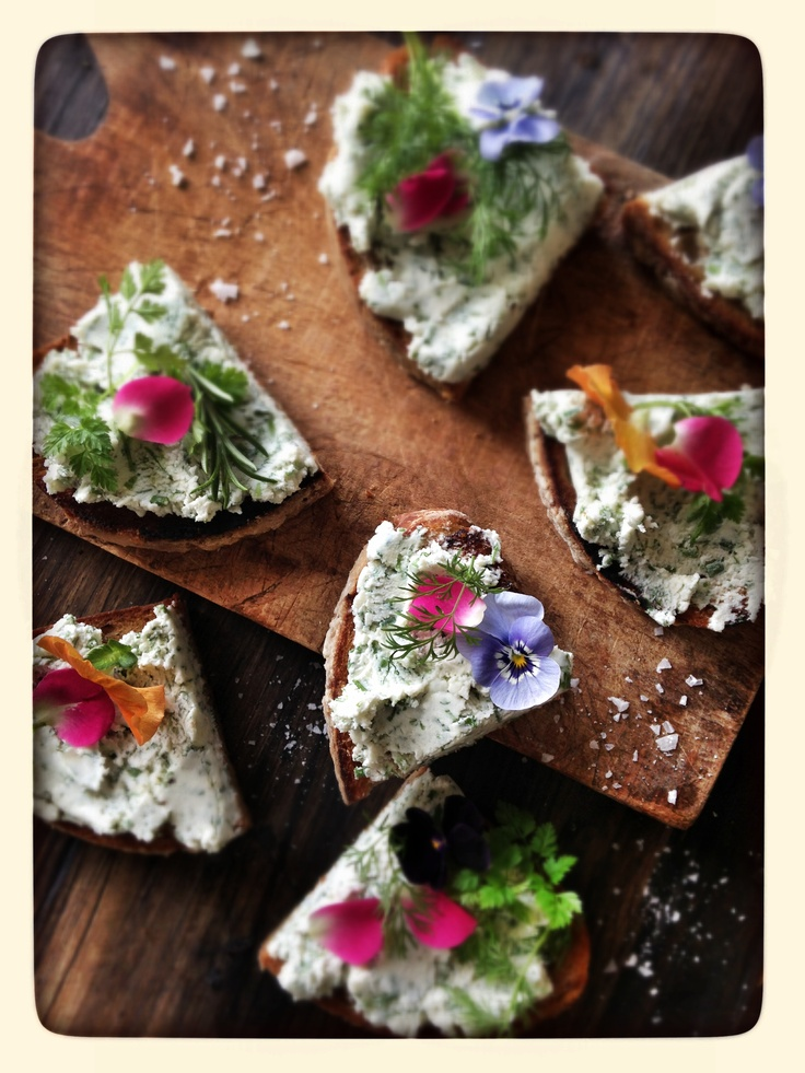 Flower food -  Photo/ skovdal.dk