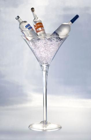 pictures of martini vase centerpieces | giant martini glasses vases candle holders centerpieces props martini ...