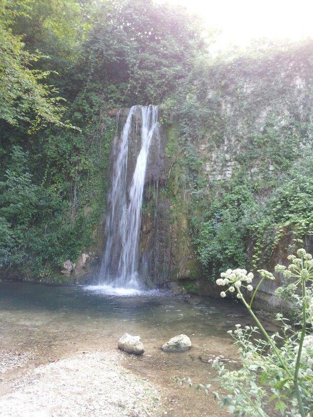 Fiume Esino, cascata