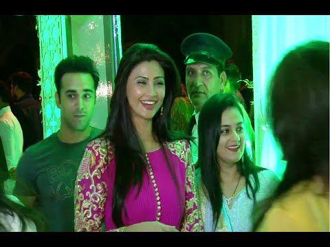 WATCH Daisy Shah at Baba Siddiqui's Iftar Party 2015. See the full video at : https://youtu.be/8axDKO6bGcc #daisyshah