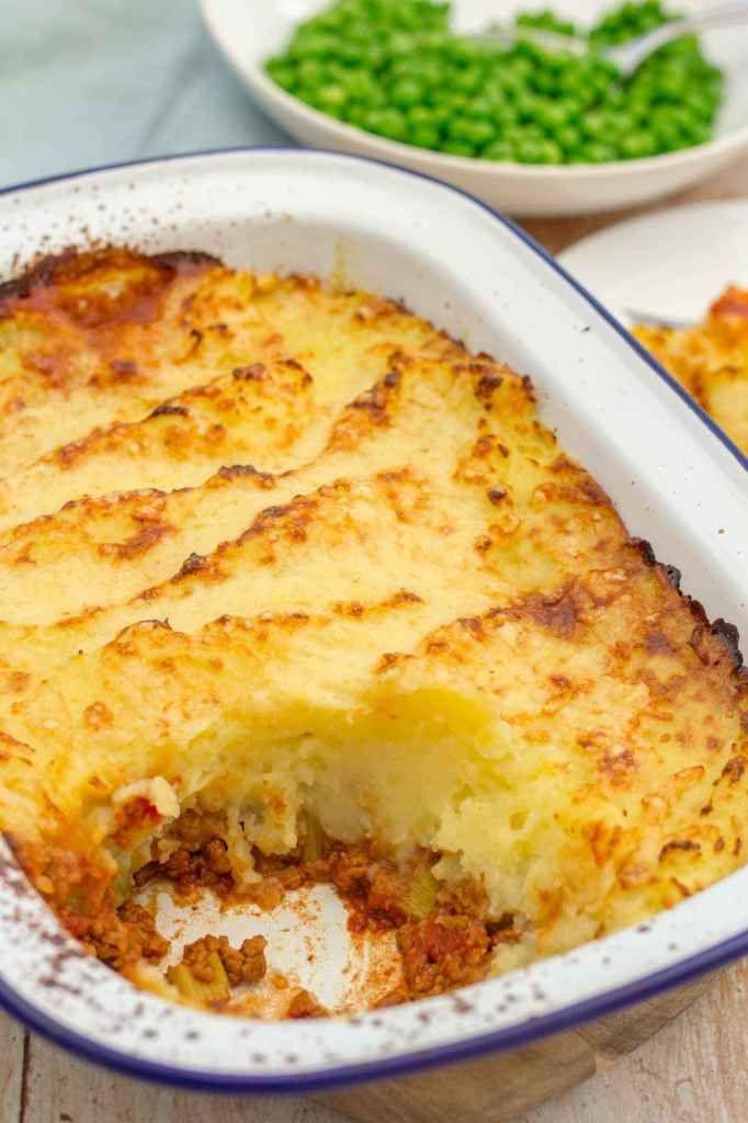 Quorn Shepherd S Pie Recipe In 2020 Quorn Shepherd S Pie Vegetarian Substitutes