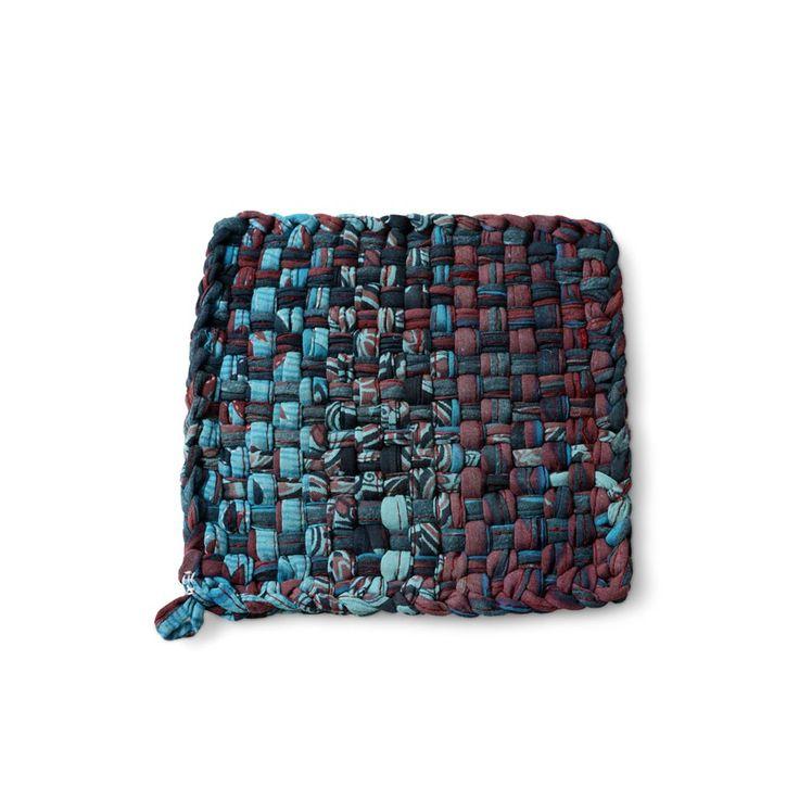 Hot Pot Sari Mat Oxfam Charity Gifts Women Artisans