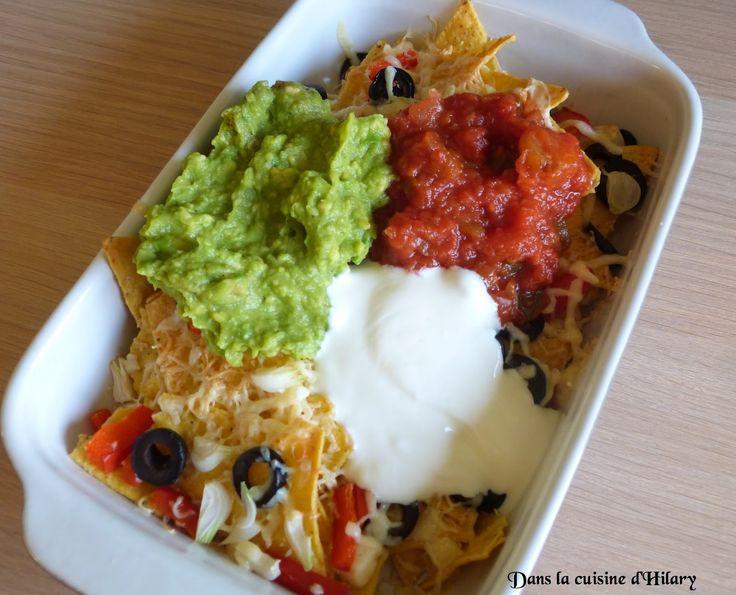 Avec de délicieux nachos à l'apéro, vous pouvez sortir vos sombreros! http://danslacuisinedhilary.blogspot.fr/2014/08/nachos-version-vegetarienne-vegetarian.html#links