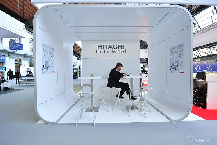 Modular Exhibition Stands Dubai : Hitachi bematrix curves modular standbuilding