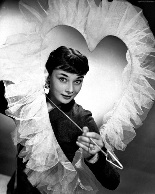 .Valentine'S Day, Happy Valentine'S, Audrey Valentine, Tulle Heart, Beautiful, Giants Tulle, Audrey Hepburn, Amazing Things, Pretty