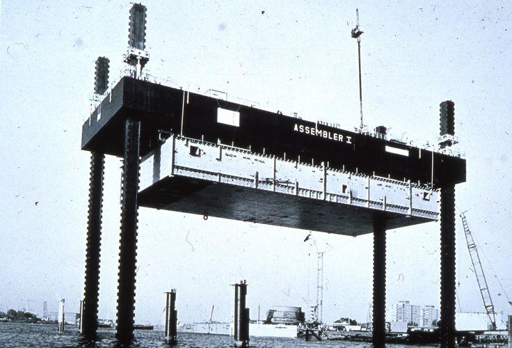 Co. 943 (1974) | Montage-eiland voor Co. 928 voor eigen gebruik Werf Gusto.  foto: Gemeentearchief Schiedam / IHC Gusto BV