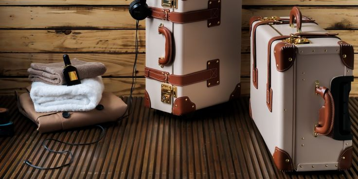 The Diplomat in Cream | Luxury leather suitcase | Steamline Luggage
