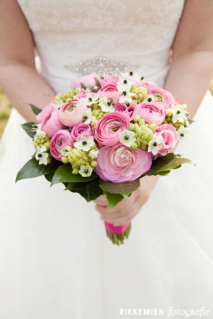 bruidsboeket, bruiloft, roos, rozen, roze, pioenroos, pioenrozen, roze pioenrozen, roze lint, lint, bloemen, bloemen, wedding, bridal bouquet, bride's bouquet, roses, rose, flowers, vintage