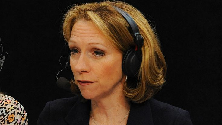 Preliminary talks are going on within ESPN to put Beth Mowins in the booth of the Week 1 late-night MNF game. No female has ever done play-by-play for a nationally televised NFL game  http://ift.tt/2nOtT7d Submitted April 06 2017 at 12:02PM by AlexB9598W via reddit http://ift.tt/2nOT1uw