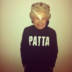 Patta: The Queen, Posts