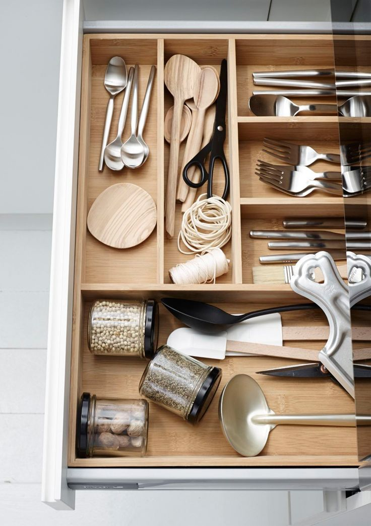 Bamboo inserts invites the nature into the kitchen #kvik