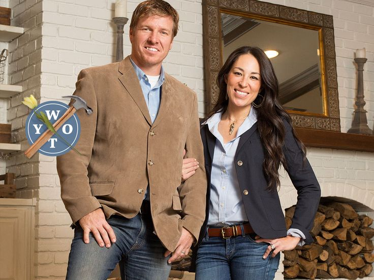 410 best images about joanna gaines style decor on pinterest fixer upper hosts jo o 39 meara. Black Bedroom Furniture Sets. Home Design Ideas